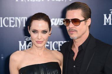 Свадебные фото Анджелины Джоли и Брэда Питта не обошли по популярности снимки принца Джорджа
