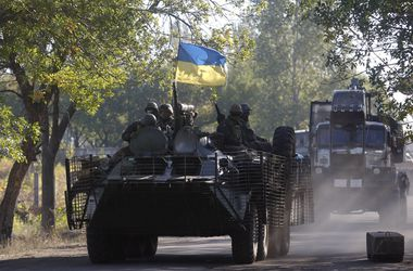 Украинские военные обороняются и готовят площадки для отвода техники – СНБО