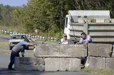 Мариуполь до конца недели окружат линией обороны – Тарута