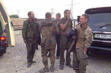 Стали известны имена 10 освобожденных из плена украинских военных