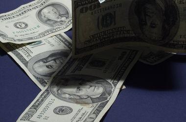 Курс доллара на межбанке все ближе к 15 грн