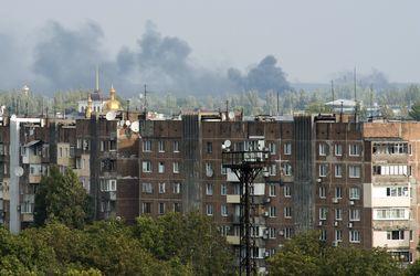 В Донецке снаряд попал в жилой дом, уничтожены две квартиры