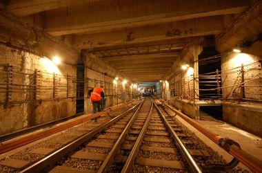 Будущее метро Днепропетровска: Евробанк даст 152 млн евро, но строители разъехались