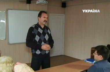 В Черкассах учителя переквалифицируются в медиков