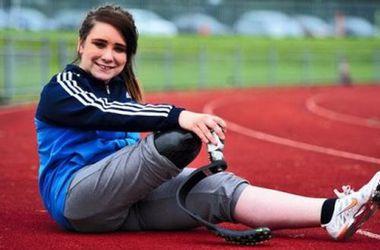 15-летняя британка хочет, чтобы ей ампутировали ногу ради Паралимпиады