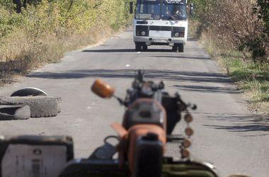 Боевики интенсивно обстреливают город Счастье, есть погибшие – ОГА