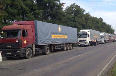 Директор Гуманитарного штаба при фонде Ахметова направил министру обороны письмо из-за задержанных грузовиков