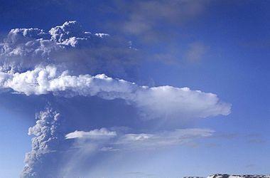 Более 30 человек найдены в крайне тяжелом состоянии близ вулкана Онтакэ в Японии