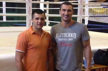 Перед боем Усика спарринг-партнер Кличко дебютирует в профессионалах