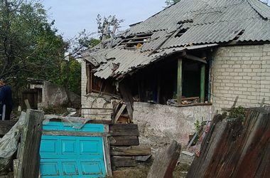 Города Луганской области снова под обстрелом боевиков
