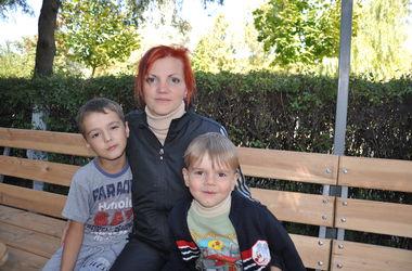 Жительница Донецка: Мы объясняли детям, что если ночью мама разбудит, нужно прятаться в погреб