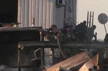 В Донецке не утихает бой за аэропорт