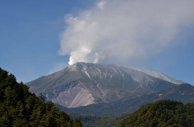 Растет число жертв извержения вулкана Онтакэ
