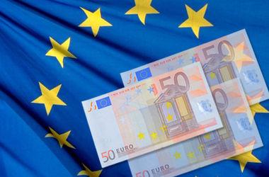 Сколько денег Украина получила от ЕС (Инфографика)