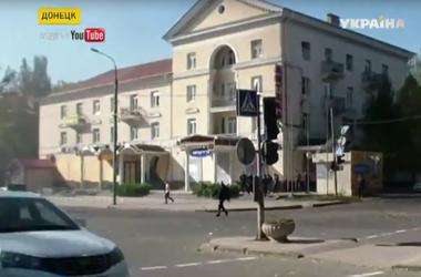 В Донецке снаряды попали в маршрутку и на территорию школы