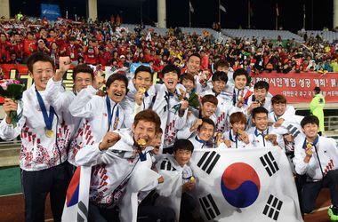 Футболистов сборной Южной Кореи за победу над Северной освободили от службы в Армии