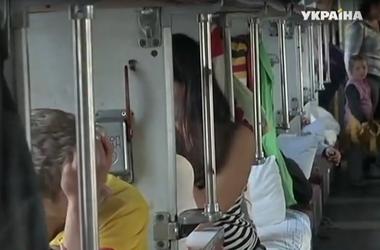 Переселенцы из Луганской области возвращаются в родные города