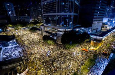 Сенаторы США поддержали митингующих в Гонконге