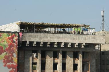 Власти Киева называют стройку на Доме профсоюзов беспределом