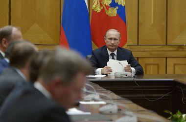 Путин созвал Совбез РФ на оперативное совещание из-за Украины
