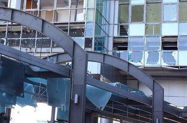 Как выглядит Донецкий железнодорожный вокзал после месяцев обстрелов