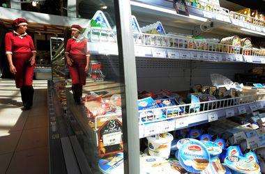 В России резко уменьшился ассортимент импортных продуктов