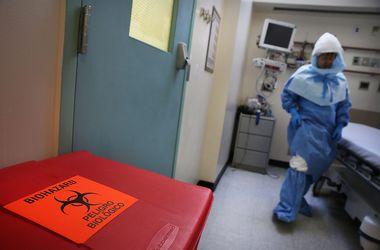 Эпидемия лихорадки Эбола унесла жизни более 3800 человек