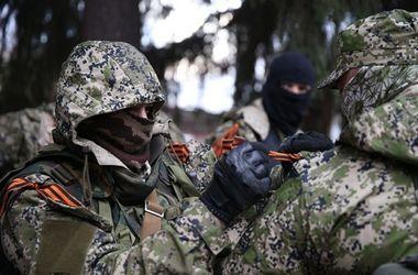 В Донецке неспокойно, во многих районах слышны залпы из артиллерии и взрывы - мэрия