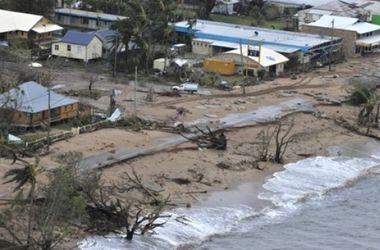 """Более 200 тыс. человек эвакуированы на юге Индии из-за приближающегося циклона """"Хадхад"""""""