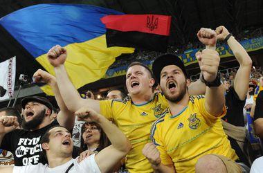 Перед матчем Украина - Македония фаны устраивали самосуд над спекулянтами билетами