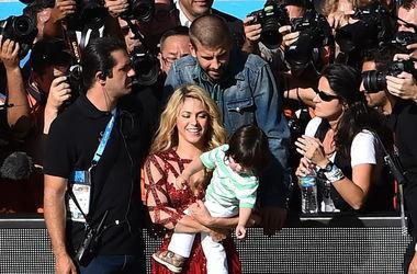 Шакира планирует родить девятерых детей