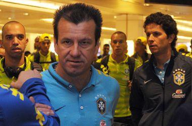 Наставник сборной Бразилии напомнил аргентинцам, чем занимался Марадона в молодости