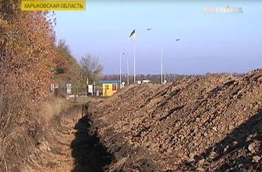 """Защитит ли """"Стена"""" от вторжения войск в Украину: мнения экспертов"""