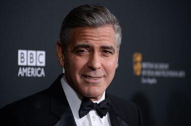 Клуни устроит свадебную вечеринку для Анджелины Джоли, Брэда Питта и Бена Аффлека