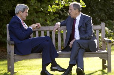 Керри и Лавров подчеркнули необходимость выполнения всех пунктов минских договоренностей