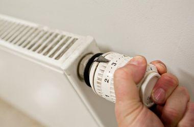 Киевские власти рассказали, когда в квартирах включат батареи