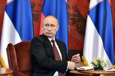 Путина в Сербии наградили орденом