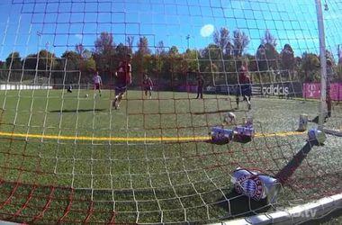 """Футболисты """"Баварии"""" играют на тренировках в фут-боулинг"""