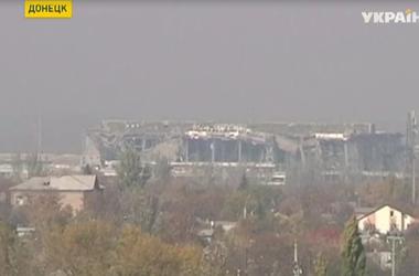 В Донецком аэропорту и самом городе продолжаются тяжелые бои