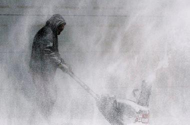 Число жертв снежной бури в Непале достигло 43 человек