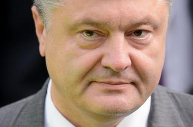 После минского протокола перед ВСУ стоят другие задачи: Порошенко прокомментировал смену глав Минобороны