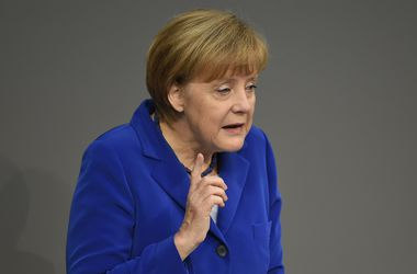 Меркель: Для решения газовой проблемы Украине нужен кредит