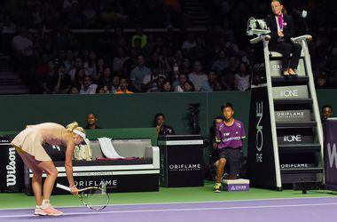 Каролин Возняцки обыграла Марию Шарапову на Итоговом турнире WTA