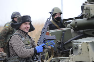 Как Запорожская артиллерийская бригада обороняет Мариуполь ...: http://www.segodnya.ua/regions/donetsk/kak-zaporozhskaya-artilleriyskaya-brigada-oboronyaet-mariupol-562620.html
