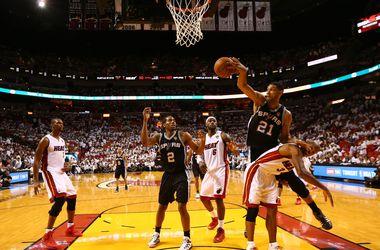 Матчи НБА могут перенести на утро из-за Китая