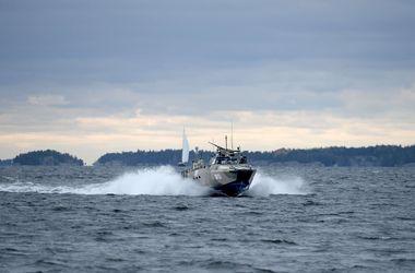 Швеция закрыла небо над местом поиска иностранной подлодки