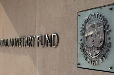 Эксперты: Украине необходимо получить кредит МВФ до конца года