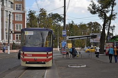 "Судьба трамвая ""5-а"": по Французскому бульвару теперь ходит маршрутка, а на 10 Апреля готовят кольцо"
