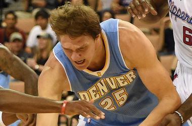 Российский баскетболист в матче НБА укусил соперника