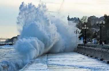 Крым накроет шторм и похолодание